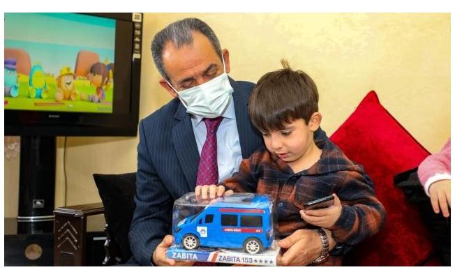 Başkan Tanış otizmli çocukları unutmadı