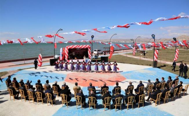 Tuşba'da 'Kurtuluş Günü' coşkusu