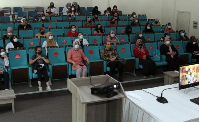 Van BŞB'den Korona semineri