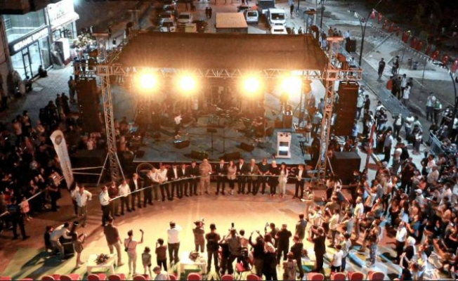 İpekyolu Belediyesi'nden İpek Eğlence Merkezi açılışı