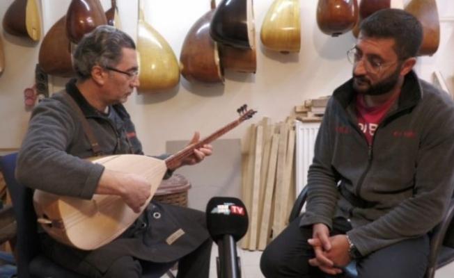 Van'da Ezgi Müzik evinde Tevhid Usta gençlere eğitim veriyor