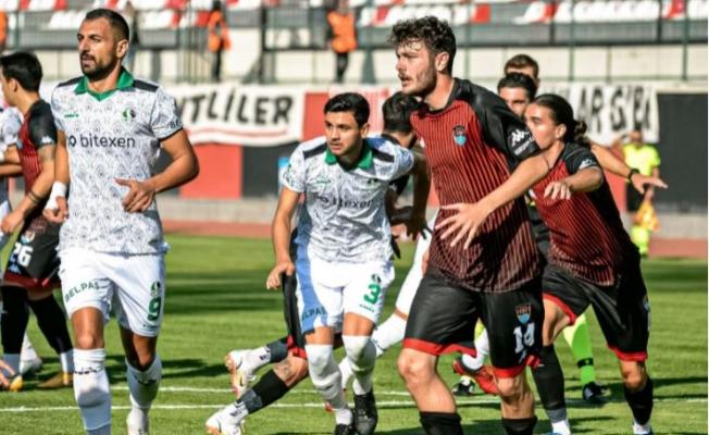 Vanspor Sakaryaspor maçı golsüz sona erdi