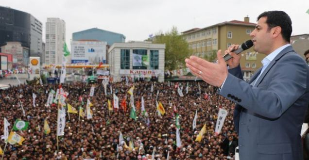HDP Antalya Demirtaş'ın mitingini kesintisiz webden izle!#DemirtaşAntalyada