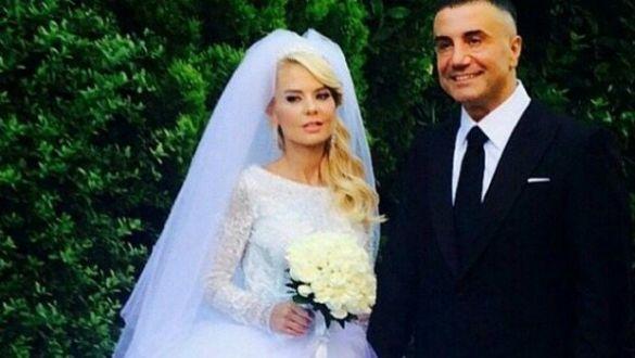 Sedat Peker ve Özge Peker çiftinin düğününe ünlüler yağdı!