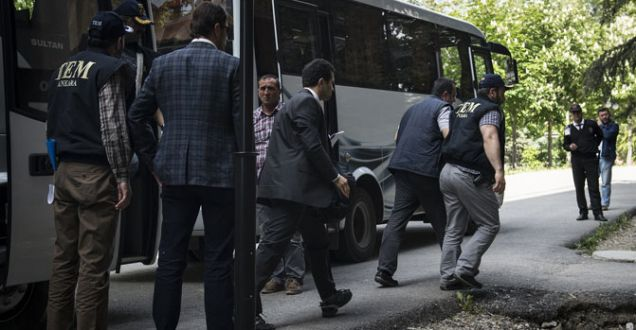 Usulsüz dinleme operasyonunda yeni gelişmeler: 10 tutuklama