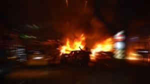 Hacıbekir'de patlamada yaralanan polisler hastaneye getirildi