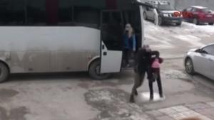 YYÜ'de 14 üniversiteli gözaltına alındı